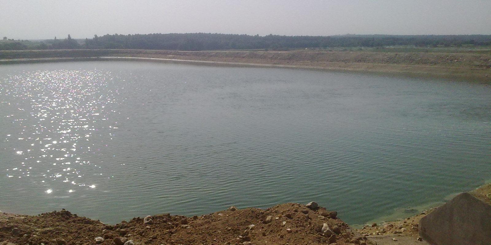 Balsa para almacenamiento y regulación de agua de riego de 62.653 M³ para la comunidad de regantes de Piornal